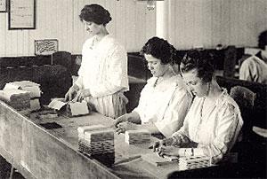 trabajadoras-fabrica-chocolate