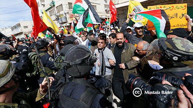 palestinos-manifestacion